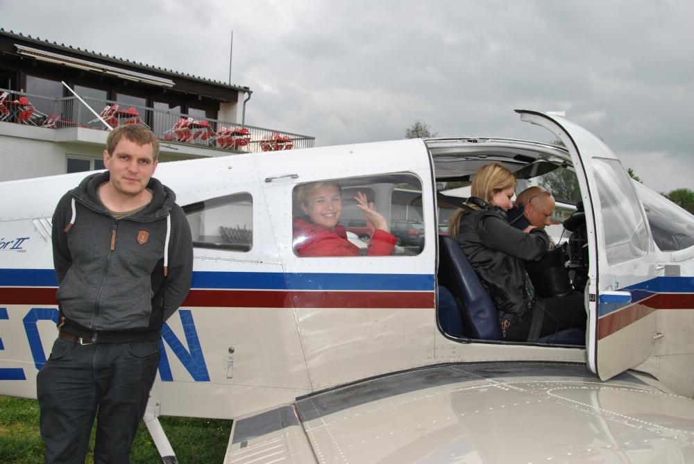 Flugzeugtaufe-Gastgruppe-Rundflug