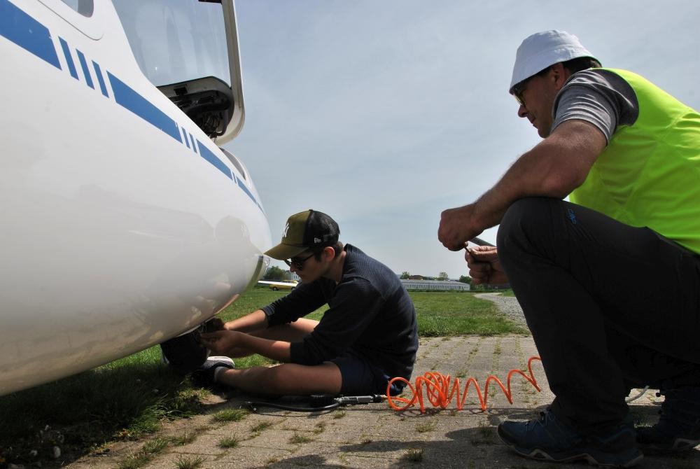 Osterlager Flugbetrieb Reparatur